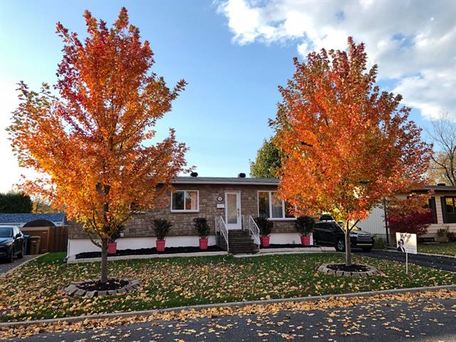 House for sale in La Prairie, Montérégie, 120, Rue des Pins, 11122041 - Centris.ca