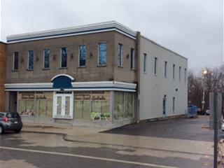 Bâtisse commerciale à vendre à Saint-Eustache, Laurentides, 24 - 30, Rue  Saint-Eustache, 20355663 - Centris.ca