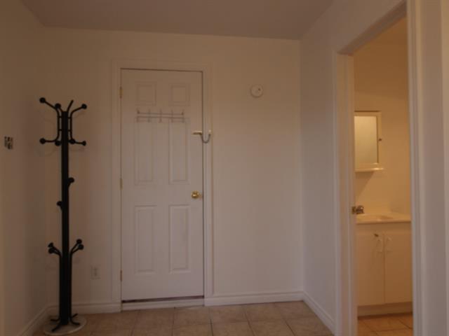 Loft / Studio for rent in Saint-Ambroise-de-Kildare, Lanaudière, 557, Rue  Principale, 23683702 - Centris.ca