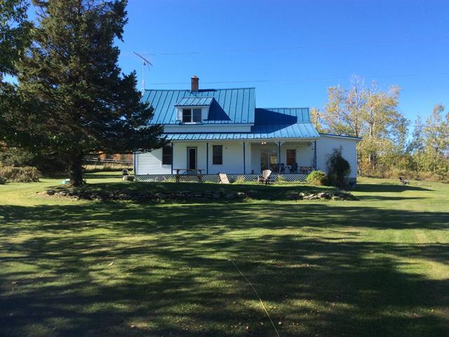 Maison à vendre à Sainte-Edwidge-de-Clifton, Estrie, 3011, Chemin  Perreault, 15151226 - Centris.ca
