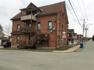 Quintuplex à vendre à East Angus, Estrie, 166 - 168, Rue  Saint-Pierre, 27338238 - Centris.ca