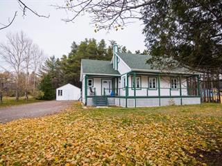 Maison à vendre à Saint-Pacôme, Bas-Saint-Laurent, 37, Rue  King, 12918343 - Centris.ca