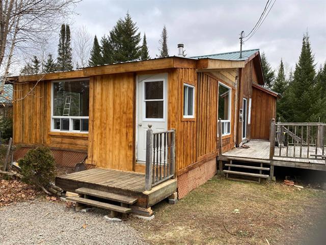 Maison à louer à Lantier, Laurentides, 106, Chemin du Lac-Ludger, 25648739 - Centris.ca