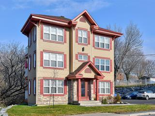 Triplex for sale in Verchères, Montérégie, 32, Montée  Calixa-Lavallée, 25293130 - Centris.ca