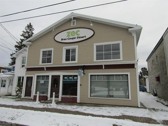 Commercial building for sale in Maniwaki, Outaouais, 161 - 163, Rue  Laurier, 11456786 - Centris.ca