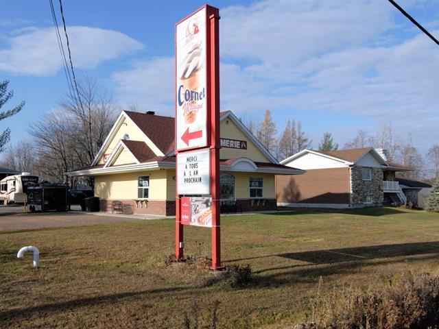 Bâtisse commerciale à vendre à Terrebonne (La Plaine), Lanaudière, 6740, boulevard  Laurier, 28807793 - Centris.ca