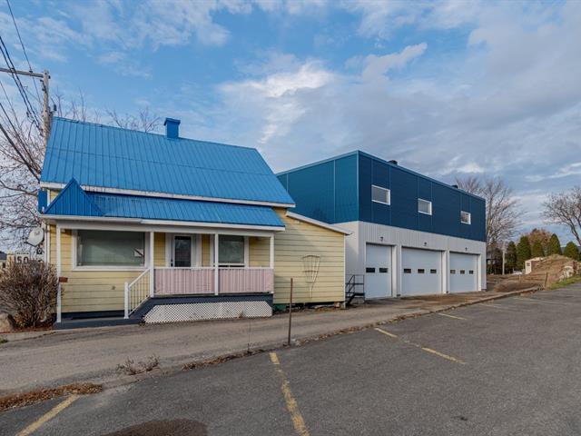 Bâtisse commerciale à vendre à Saint-Lambert-de-Lauzon, Chaudière-Appalaches, 1224, Rue des Érables, 25213574 - Centris.ca