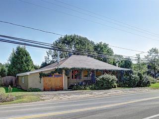 Maison à vendre à Saint-Pierre-de-l'Île-d'Orléans, Capitale-Nationale, 1028, Chemin  Royal, 21244924 - Centris.ca