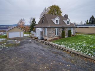 Maison à vendre à Saint-Pierre-de-l'Île-d'Orléans, Capitale-Nationale, 1383, Chemin  Royal, 26224286 - Centris.ca