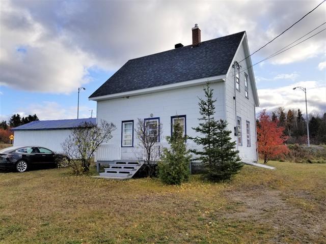 House for sale in Saint-Moïse, Bas-Saint-Laurent, 19, Rue  Principale, 25395604 - Centris.ca