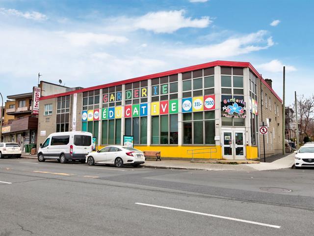 Commercial unit for rent in Montréal (Ahuntsic-Cartierville), Montréal (Island), 5880, boulevard  Gouin Ouest, 10099692 - Centris.ca
