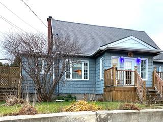 Maison à vendre à Baie-Comeau, Côte-Nord, 20, Avenue  Wolfe, 14785328 - Centris.ca