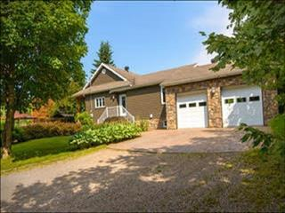 House for sale in Fossambault-sur-le-Lac, Capitale-Nationale, 164, Rue  Gingras, 21356273 - Centris.ca