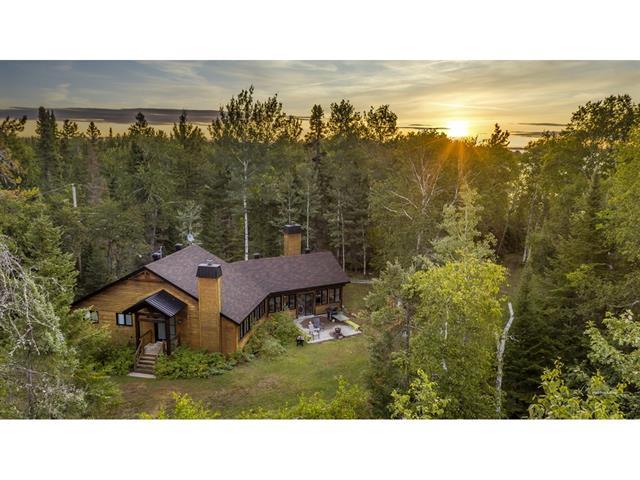 Cottage for sale in Dolbeau-Mistassini, Saguenay/Lac-Saint-Jean, 138, Rue de l'Anse, 18579783 - Centris.ca