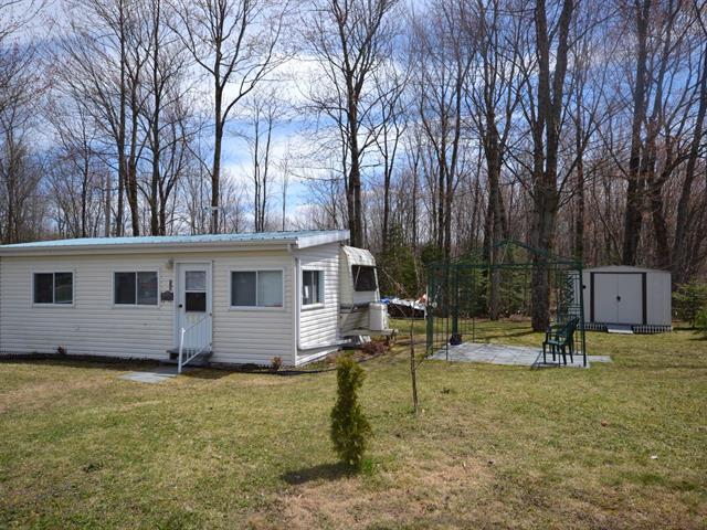 Mobile home for sale in Plessisville - Paroisse, Centre-du-Québec, 134, Rue  Lacroix, 15023337 - Centris.ca