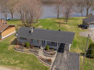 Cottage for sale in Sainte-Anne-de-la-Pérade, Mauricie, 515, Rue de la Rivière, 28207516 - Centris.ca
