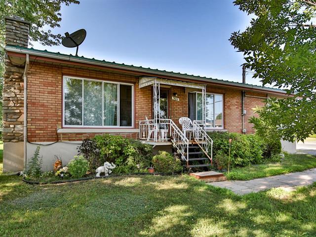 House for sale in Acton Vale, Montérégie, 900, 4e Avenue, 27293693 - Centris.ca
