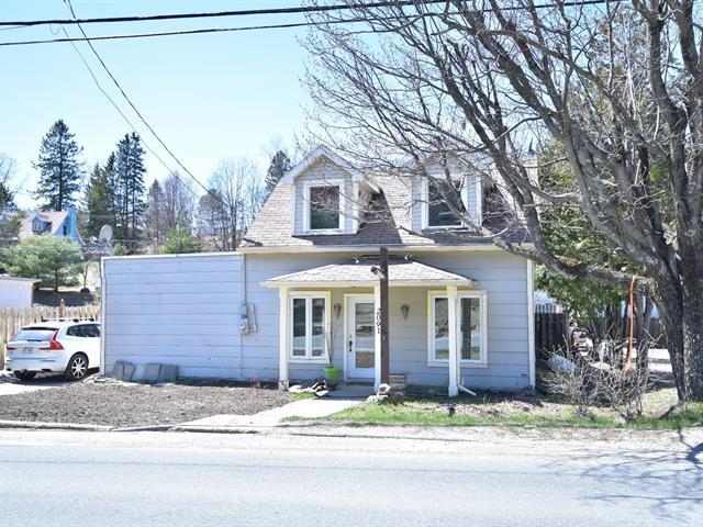 House for sale in Saint-Faustin/Lac-Carré, Laurentides, 2091, Rue  Principale, 10245334 - Centris.ca