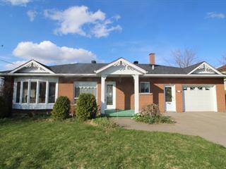 House for sale in Asbestos, Estrie, 515W, Rue  Noël, 12694561 - Centris.ca