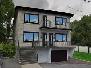 Triplex à vendre à Longueuil (Le Vieux-Longueuil), Montérégie, 585 - 589, Rue  Louise, 20437155 - Centris.ca