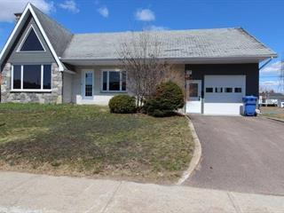 Maison à vendre à Dolbeau-Mistassini, Saguenay/Lac-Saint-Jean, 191, Avenue  Savary, 28973865 - Centris.ca