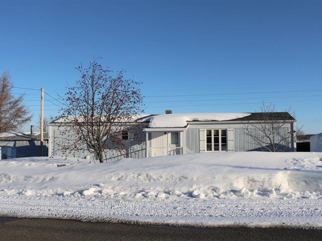Maison mobile à vendre à Sainte-Anne-de-la-Pocatière, Bas-Saint-Laurent, 120, Rue  Gendron, 15141879 - Centris.ca