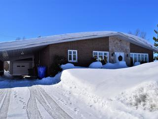 House for sale in La Sarre, Abitibi-Témiscamingue, 620, Rue du Parc, 14651815 - Centris.ca