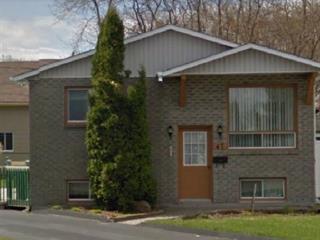 Maison à vendre à Salaberry-de-Valleyfield, Montérégie, 47, Rue  Rochefort, 14625598 - Centris.ca