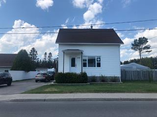 Maison à vendre à Saint-Ambroise, Saguenay/Lac-Saint-Jean, 894, Rue  Simard, 12710608 - Centris.ca