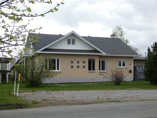 House for sale in La Sarre, Abitibi-Témiscamingue, 82, 5e Avenue Ouest, 25111495 - Centris.ca