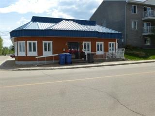 Triplex à vendre à Saguenay (Jonquière), Saguenay/Lac-Saint-Jean, 4033 - 4035, Rue du Vieux-Pont, 12397901 - Centris.ca