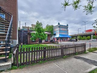 Maison à vendre à Montréal (Villeray/Saint-Michel/Parc-Extension), Montréal (Île), 8626, Avenue  De Chateaubriand, 25320329 - Centris.ca