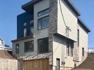 Duplex for sale in Rivière-du-Loup, Bas-Saint-Laurent, 49 - 51, Rue  Frontenac, 23273353 - Centris.ca