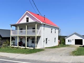 Maison à vendre à Notre-Dame-des-Bois, Estrie, 34, Rue  Principale Ouest, 23442598 - Centris.ca