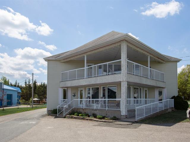 Immeuble à revenus à vendre à Frampton, Chaudière-Appalaches, 142, Rue  Principale, 18254988 - Centris.ca