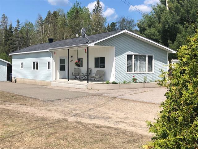Maison à vendre à Témiscaming, Abitibi-Témiscamingue, 431, Montée  Letang, 16401920 - Centris.ca