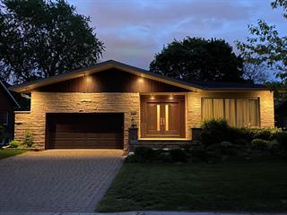 House for sale in Mont-Royal, Montréal (Island), 346, Avenue  Woodlea, 19416722 - Centris.ca