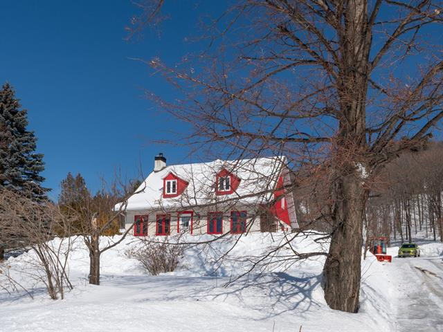 House for sale in Baie-Saint-Paul, Capitale-Nationale, 133, Route  362, 13530429 - Centris.ca