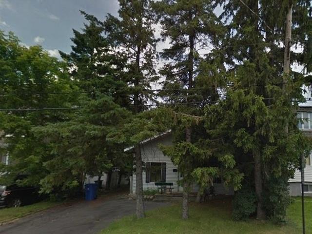 House for sale in Longueuil (Le Vieux-Longueuil), Montérégie, 385, Rue  Bourget, 11715833 - Centris.ca