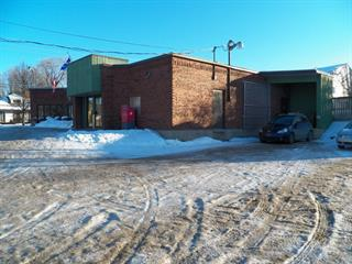 Bâtisse commerciale à vendre à Danville, Estrie, 84 - 86, Rue  Daniel-Johnson, 26798513 - Centris.ca