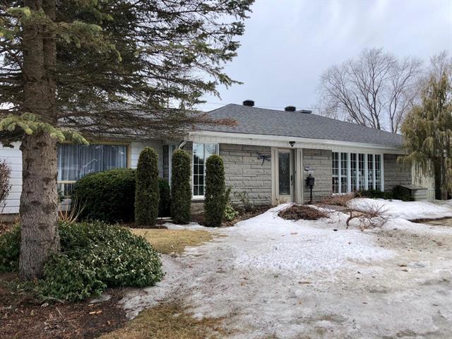 Maison à vendre à Laval (Sainte-Dorothée), Laval, 760, Montée  Gravel, 27052000 - Centris.ca