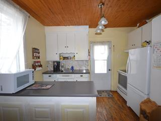 House for sale in Lachute, Laurentides, 435, Rue  Bédard, 27056044 - Centris.ca