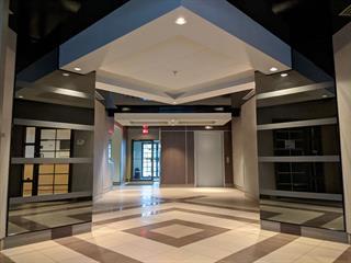 Bâtisse commerciale à vendre à Montréal (Anjou), Montréal (Île), 8138 - 8162, boulevard  Métropolitain Est, 15375524 - Centris.ca