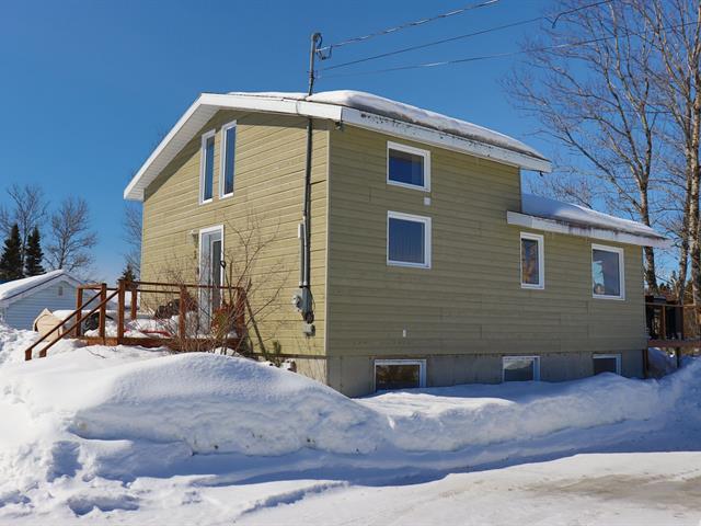 Maison à vendre à Pointe-aux-Outardes, Côte-Nord, 2, Place  Dallaire, 10919307 - Centris.ca