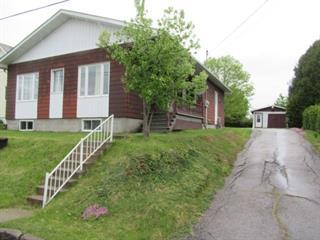 Maison à vendre à Mont-Laurier, Laurentides, 590, Rue  Henri-Bourassa, 28008640 - Centris.ca