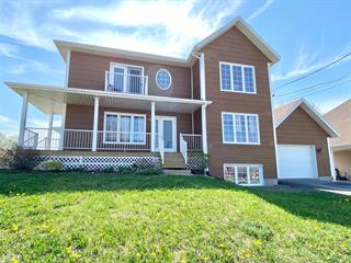 Triplex for sale in Saint-Anaclet-de-Lessard, Bas-Saint-Laurent, 49 - 53, Rue  Principale Est, 18739715 - Centris.ca