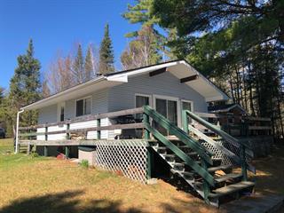 Chalet à vendre à Témiscaming, Abitibi-Témiscamingue, 332, Chemin du Lac-Gordon, 15725549 - Centris.ca