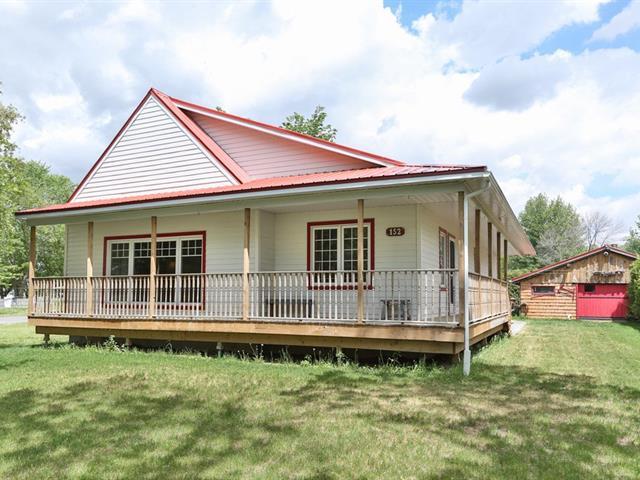 Maison à vendre à Mont-Saint-Grégoire, Montérégie, 152, Rue  Saint-Joseph, 20014858 - Centris.ca