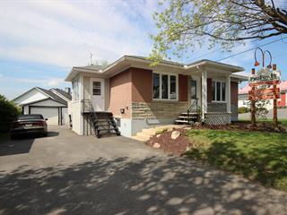 House for sale in Lac-Mégantic, Estrie, 3973, Rue  Laval, 18685439 - Centris.ca