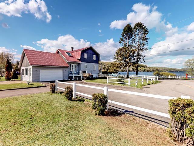 Maison à vendre à Lac-aux-Sables, Mauricie, 300, Rue  Sainte-Marie, 21354153 - Centris.ca